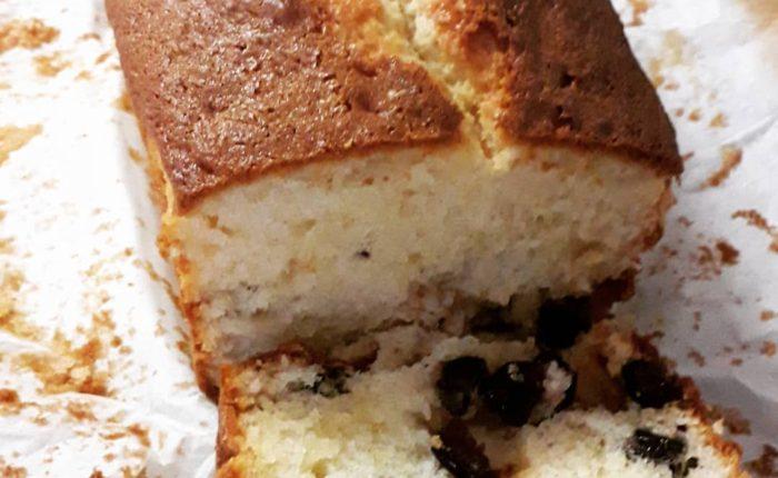 bizcocho de queso mascarpone y arandanos